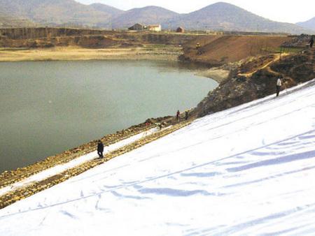 小浪堤坝的风景图片