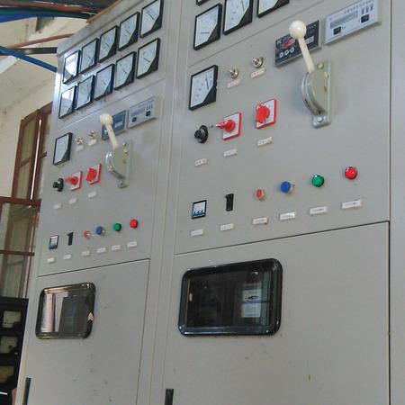 同步发电机可控硅励磁装置